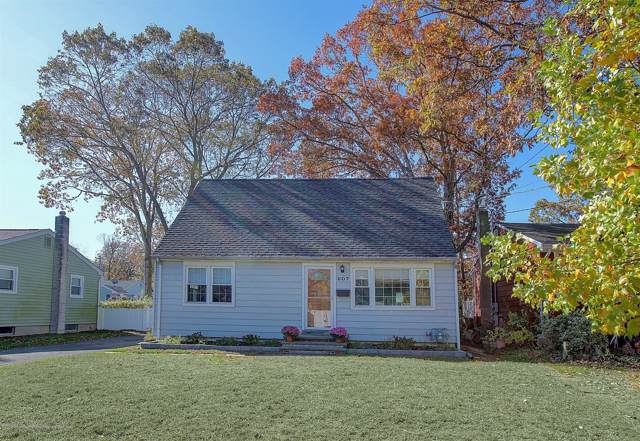 607 Marshall Drive, Point Pleasant, NJ 08742 (MLS #21944502) :: The MEEHAN Group of RE/MAX New Beginnings Realty