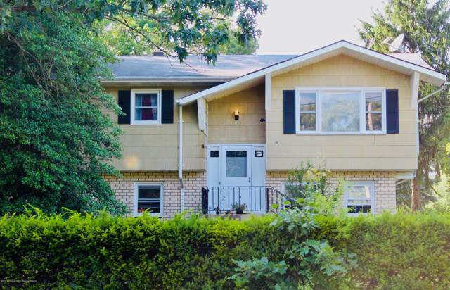 1 Spruce Road, Howell, NJ 07731 (MLS #21944916) :: The Dekanski Home Selling Team