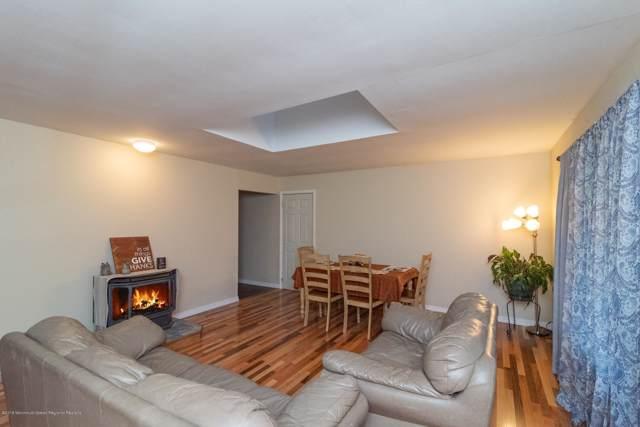 369 Frog Pond Road, Little Egg Harbor, NJ 08087 (MLS #21945085) :: The Dekanski Home Selling Team