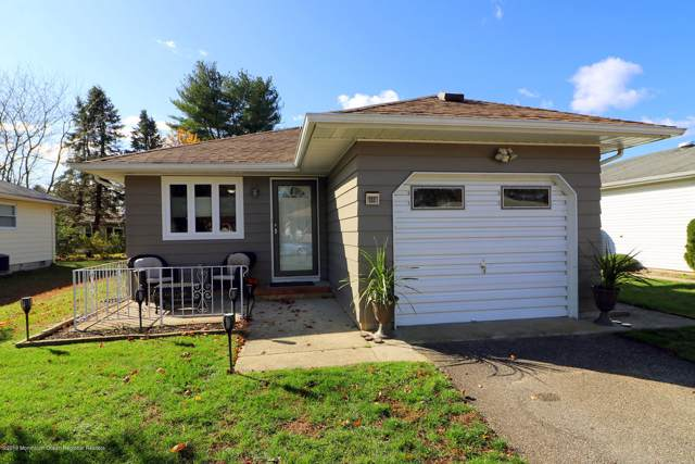 133 Biabou Drive, Toms River, NJ 08757 (MLS #21945222) :: The MEEHAN Group of RE/MAX New Beginnings Realty