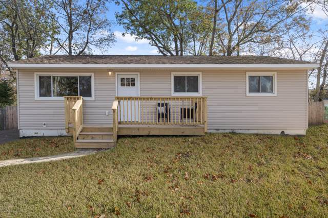 54 Pheasant Drive, Bayville, NJ 08721 (MLS #21945406) :: The MEEHAN Group of RE/MAX New Beginnings Realty