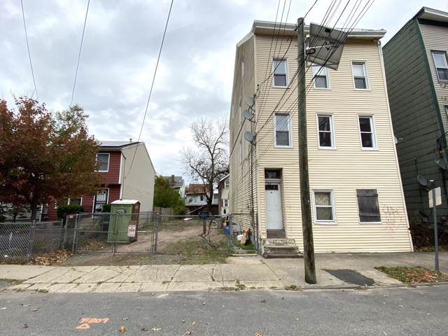 66 Clinton Street, Paterson, NJ 07522 (MLS #21945411) :: The MEEHAN Group of RE/MAX New Beginnings Realty