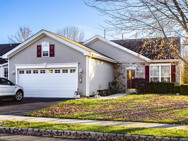2 Allister Lane, Columbus, NJ 08022 (MLS #21945416) :: The Sikora Group