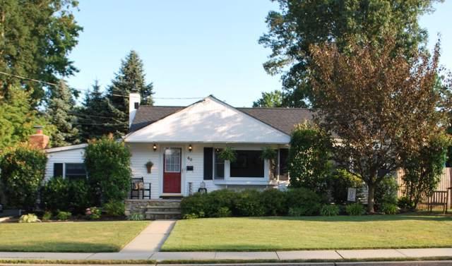 40 Frances Street, Shrewsbury Boro, NJ 07702 (MLS #21945572) :: William Hagan Group