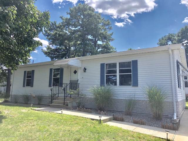 318 Kenwood Court, Whiting, NJ 08759 (MLS #21945783) :: The MEEHAN Group of RE/MAX New Beginnings Realty