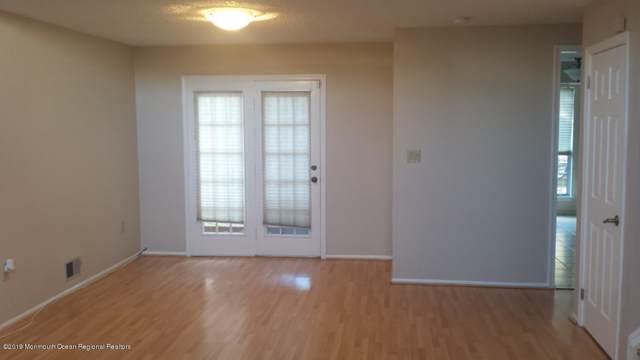 154 Primrose Lane, Freehold, NJ 07728 (MLS #21945931) :: William Hagan Group