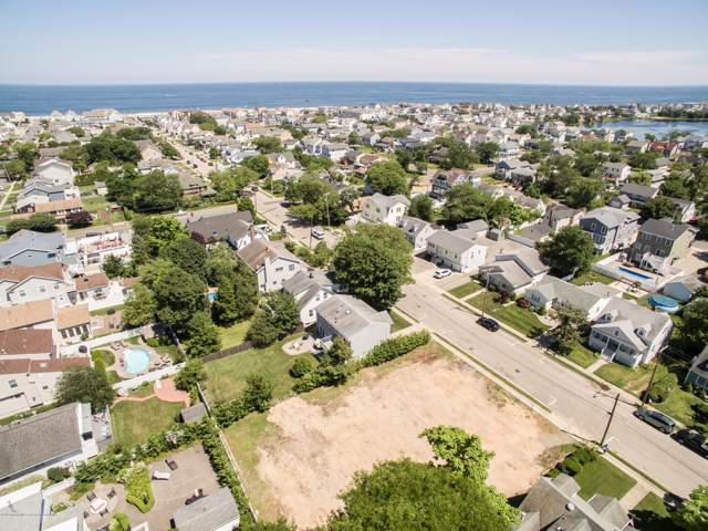 313 New Jersey Avenue, Point Pleasant Beach, NJ 08742 (MLS #21945963) :: The Dekanski Home Selling Team