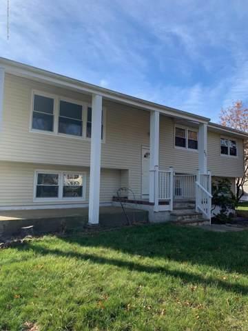 271 Lynne Lane W, Toms River, NJ 08755 (MLS #21946720) :: The MEEHAN Group of RE/MAX New Beginnings Realty