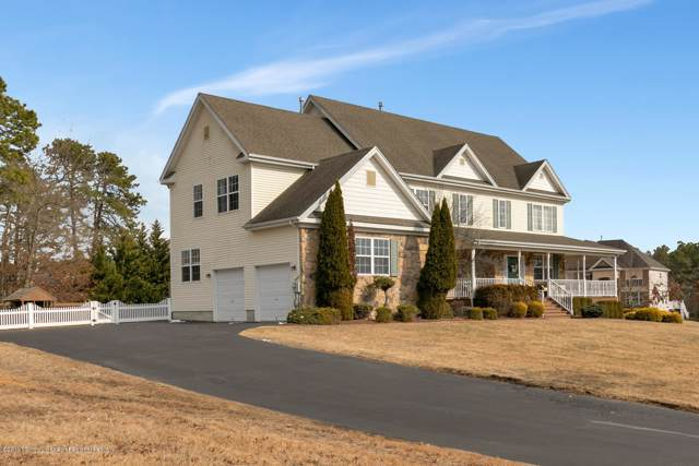 1 Fox Hollow Drive, Jackson, NJ 08527 (MLS #21947608) :: The MEEHAN Group of RE/MAX New Beginnings Realty