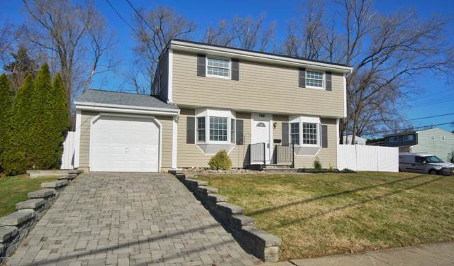 2 Calvin Court, Old Bridge, NJ 08857 (MLS #21947765) :: William Hagan Group