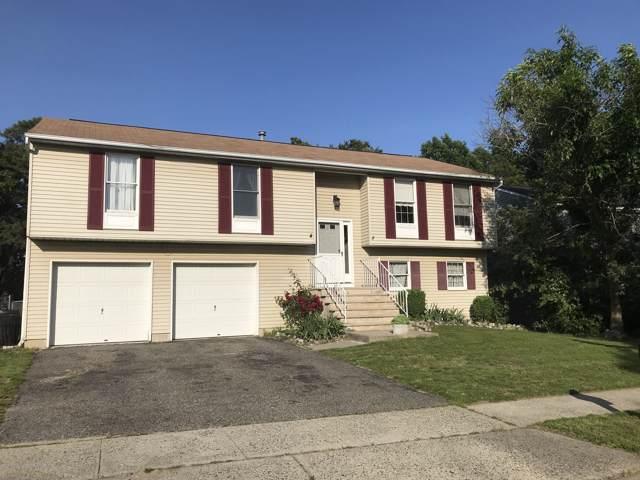 16 Beacon Drive, Barnegat, NJ 08005 (MLS #21947889) :: The MEEHAN Group of RE/MAX New Beginnings Realty