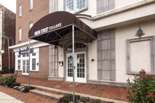 11 Wharf Avenue #3, Red Bank, NJ 07701 (MLS #21947950) :: The MEEHAN Group of RE/MAX New Beginnings Realty