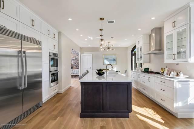 19 Hollybrook Drive, Toms River, NJ 08753 (MLS #21948271) :: The Dekanski Home Selling Team