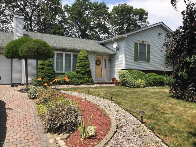 1 Holly Hill Court, Jackson, NJ 08527 (MLS #22000290) :: The MEEHAN Group of RE/MAX New Beginnings Realty