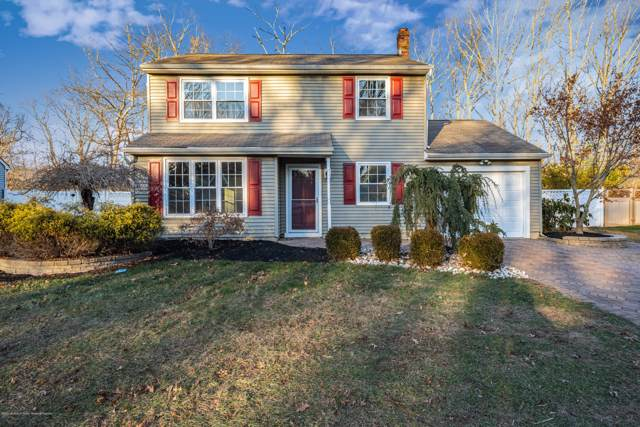 636 Weston Drive, Toms River, NJ 08755 (MLS #22000855) :: The MEEHAN Group of RE/MAX New Beginnings Realty