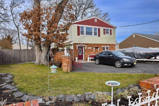 3127 Pocahontas Avenue, Point Pleasant, NJ 08742 (MLS #22001015) :: The MEEHAN Group of RE/MAX New Beginnings Realty