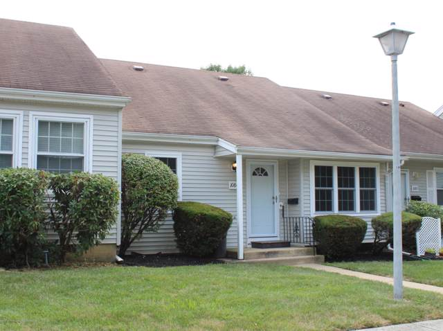 108C Henley C, Freehold, NJ 07728 (MLS #22001986) :: The MEEHAN Group of RE/MAX New Beginnings Realty