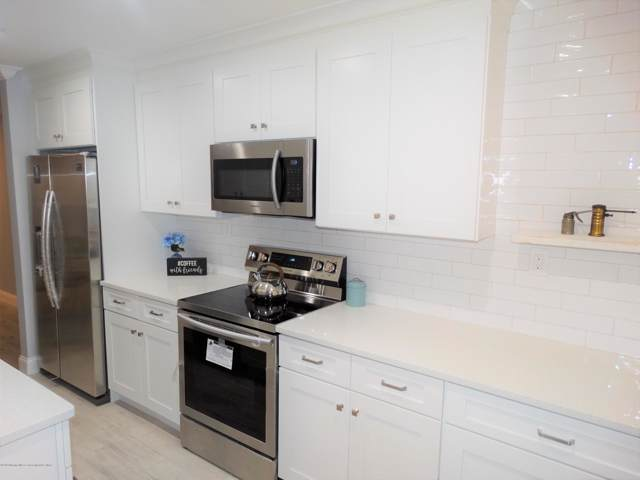 64 Overlook Way B, Manalapan, NJ 07726 (MLS #22002033) :: William Hagan Group