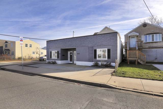 300 Florence Avenue, Union Beach, NJ 07735 (MLS #22002354) :: The MEEHAN Group of RE/MAX New Beginnings Realty
