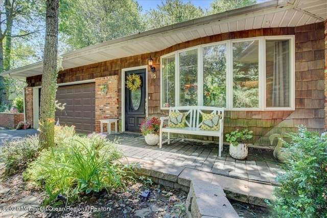 15 Far View Avenue, Atlantic Highlands, NJ 07716 (MLS #22002578) :: The MEEHAN Group of RE/MAX New Beginnings Realty
