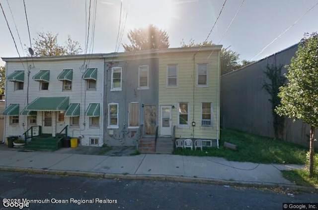 1749 Roberts Avenue, Hamilton, NJ 08609 (MLS #22002600) :: Vendrell Home Selling Team