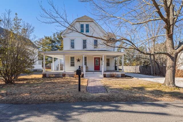 26 Division Street, Manahawkin, NJ 08050 (MLS #22002901) :: The MEEHAN Group of RE/MAX New Beginnings Realty