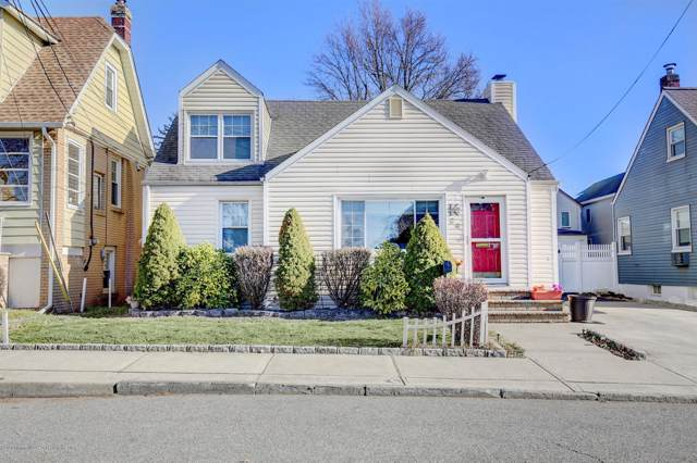 34 Ling Street, Fords, NJ 08863 (MLS #22002919) :: The MEEHAN Group of RE/MAX New Beginnings Realty
