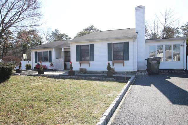 34 Garrison Drive, Tinton Falls, NJ 07753 (MLS #22003147) :: The MEEHAN Group of RE/MAX New Beginnings Realty