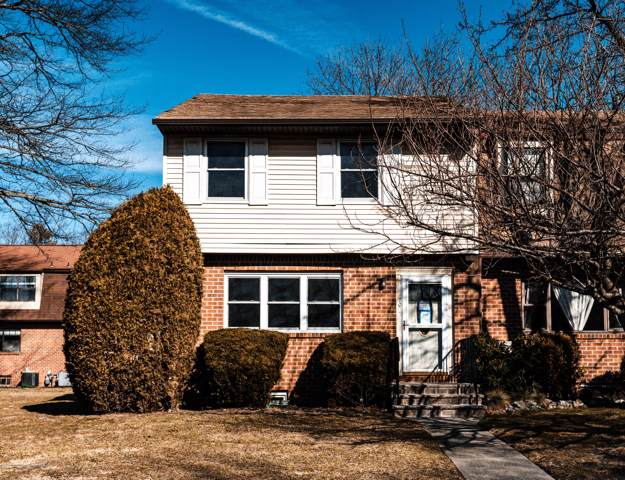 702 Christopher Court, Brick, NJ 08724 (MLS #22003302) :: The MEEHAN Group of RE/MAX New Beginnings Realty
