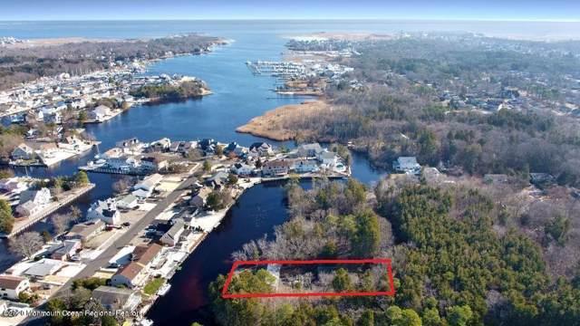 112 Terry Avenue, Lanoka Harbor, NJ 08734 (MLS #22003627) :: The MEEHAN Group of RE/MAX New Beginnings Realty