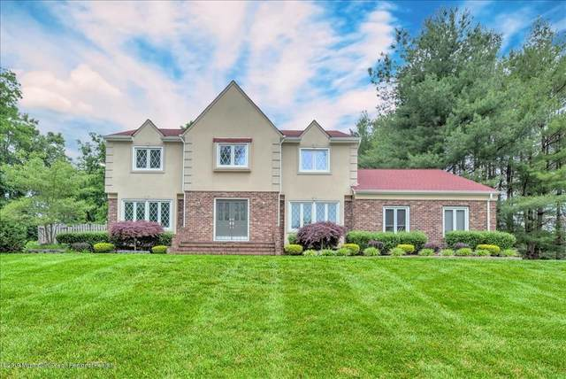 2 Leonard Drive, Morganville, NJ 07751 (MLS #22004444) :: The Premier Group NJ @ Re/Max Central