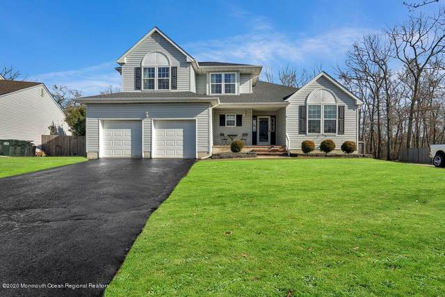31 Davids Lane, Howell, NJ 07731 (MLS #22004761) :: William Hagan Group