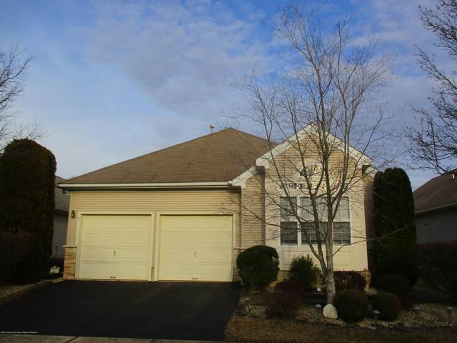 17 Devereux Drive, Manchester, NJ 08759 (MLS #22004846) :: The MEEHAN Group of RE/MAX New Beginnings Realty