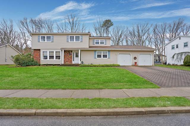 96 Old Bridge Drive, Howell, NJ 07731 (MLS #22004972) :: The MEEHAN Group of RE/MAX New Beginnings Realty