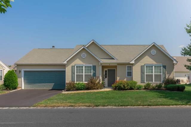 7 Carriage Road, Whiting, NJ 08759 (MLS #22004987) :: William Hagan Group