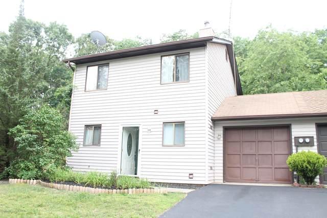 5 Swan Road #1000, Howell, NJ 07731 (MLS #22005001) :: William Hagan Group