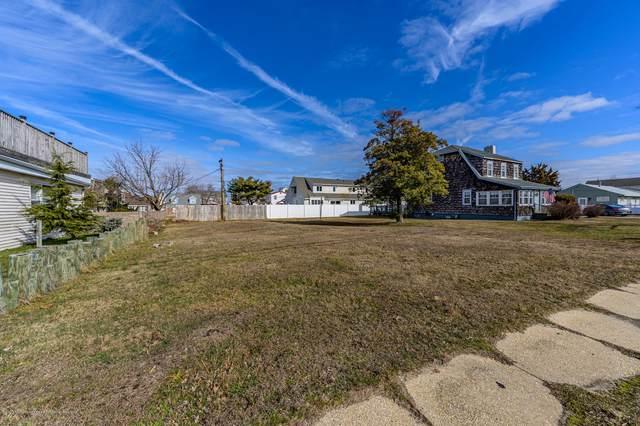 216 Route 37 W, Toms River, NJ 08755 (MLS #22005269) :: William Hagan Group