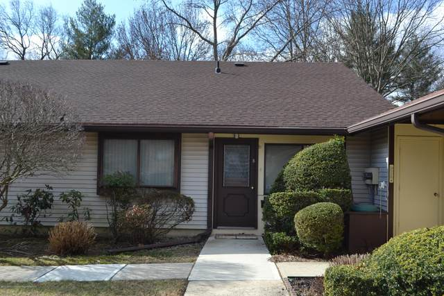 150 Amberly Drive B, Manalapan, NJ 07726 (MLS #22005329) :: The Dekanski Home Selling Team