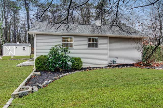 126 Algonquin Trail, Brick, NJ 08724 (MLS #22005538) :: The MEEHAN Group of RE/MAX New Beginnings Realty