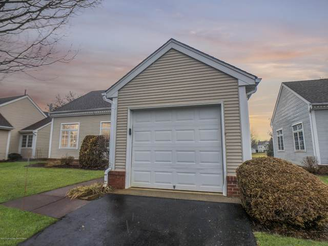 30 Rutland Lane, Monroe, NJ 08831 (MLS #22005577) :: William Hagan Group