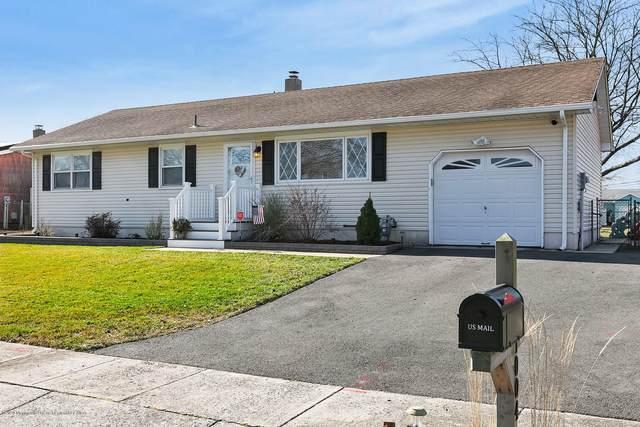 1004 Midwood Drive, Toms River, NJ 08753 (MLS #22005640) :: William Hagan Group