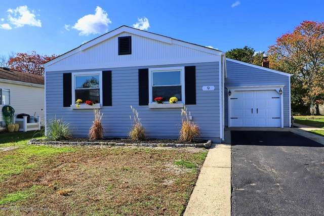 9 Carlsbad Drive, Toms River, NJ 08757 (MLS #22005714) :: The MEEHAN Group of RE/MAX New Beginnings Realty