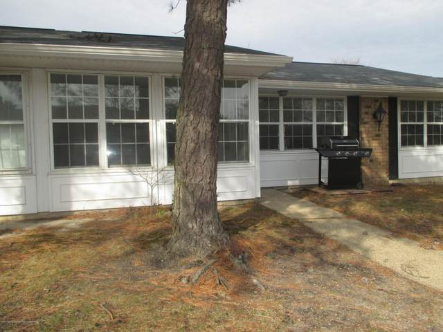 13B Cambridge Circle, Manchester, NJ 08759 (MLS #22005866) :: The MEEHAN Group of RE/MAX New Beginnings Realty