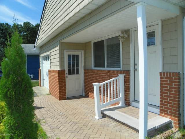 64 Cabrillo Boulevard, Toms River, NJ 08757 (MLS #22006029) :: The MEEHAN Group of RE/MAX New Beginnings Realty