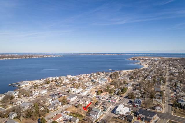 18 W Longport Avenue, Ocean Gate, NJ 08740 (MLS #22006462) :: The MEEHAN Group of RE/MAX New Beginnings Realty