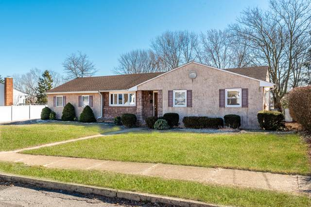 17 Lexington Road, Howell, NJ 07731 (MLS #22006465) :: The MEEHAN Group of RE/MAX New Beginnings Realty