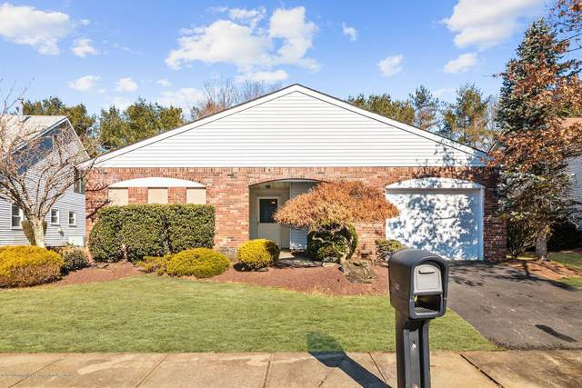 122 Murray Hill Terrace, Marlboro, NJ 07746 (MLS #22006587) :: The Dekanski Home Selling Team