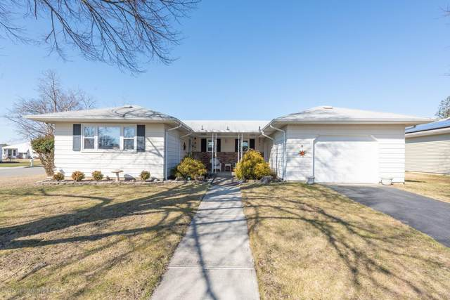 20 Biscayne Street, Toms River, NJ 08757 (MLS #22006710) :: The MEEHAN Group of RE/MAX New Beginnings Realty