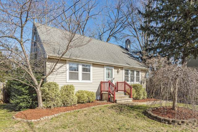 16 Sands Point Drive, Toms River, NJ 08755 (MLS #22006745) :: The MEEHAN Group of RE/MAX New Beginnings Realty