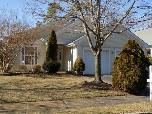 46 Summerwinds Drive, Lakewood, NJ 08701 (MLS #22006768) :: The MEEHAN Group of RE/MAX New Beginnings Realty